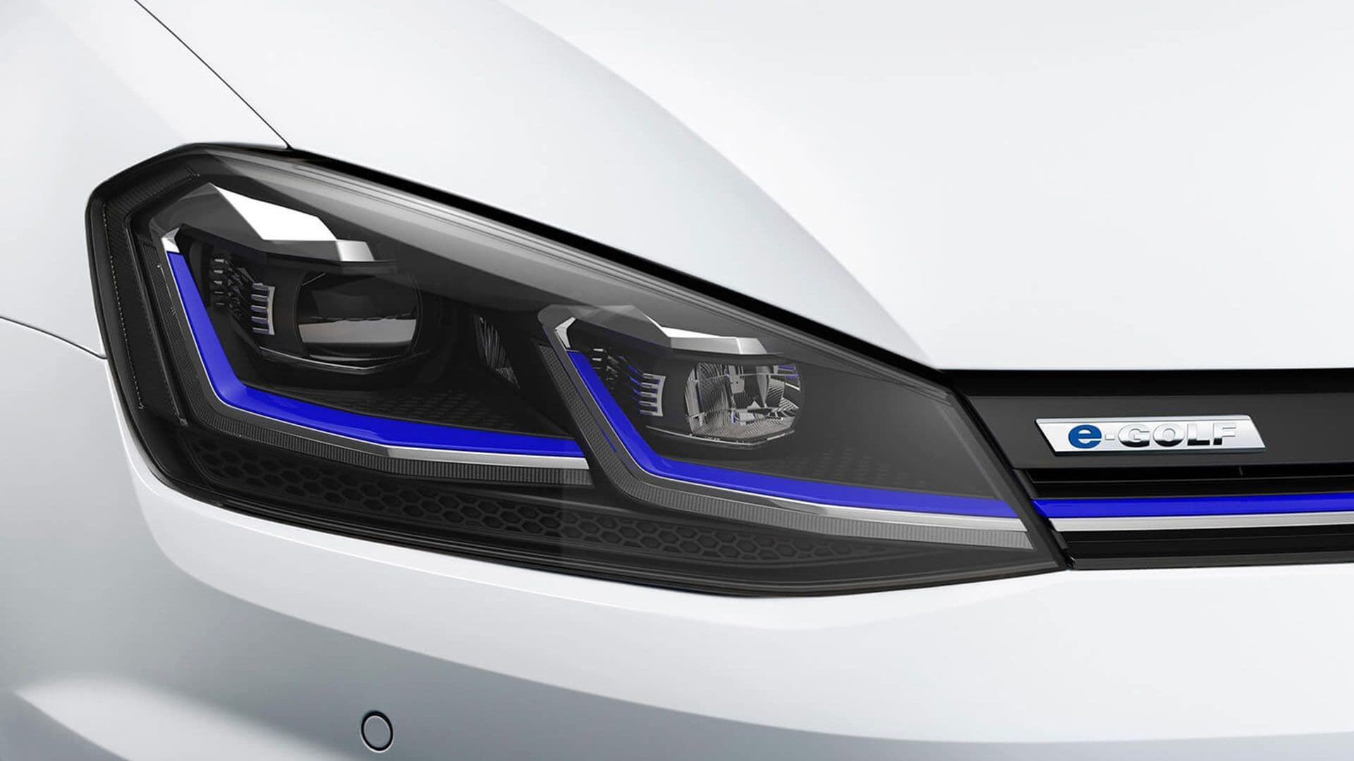 Exterior view of the Volkswagen adaptive LED headlights